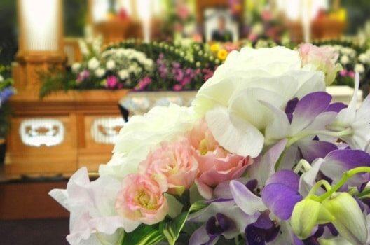 ペット葬儀|火葬後の供養方法はどう選ぶ?